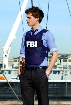 Spencer Reed from criminal minds. Hottest guy on the show! Dr Reid, Dr Spencer Reid, Spencer Reid Criminal Minds, Criminal Minds Cast, Matthew Gray Gubler, Matthew Grey, Pretty Boys, Cute Boys, Pretty Boy Swag