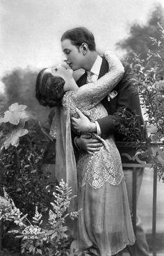 You leave me breathless... ...1920's vintage lovers postcard.
