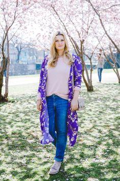 Outfit unter Kirschblüten: Rosa meets Ultraviolet und Karl Lagerfeld Tasche Karl Lagerfeld Taschen, Ultra Violet, Kimono Top, Outfits, Women, Fashion, Pink, Cherries, Moda