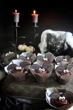 Let's start by discussing the cuteness of these cupcakes? Getting down to Halloween biz is probably my favorite thing to do. The colours, spookiness, cobwebs and let's no… Coffee Cookies, Vanilla Cookies, Oreo Cookies, Halloween Treats, Halloween Parties, Halloween Cupcakes, Creepy Halloween, Buttercream Icing, Mini Muffins