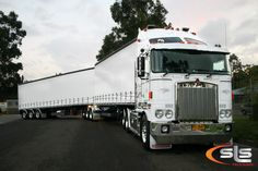 SLS Trucking offers a range of stainless steel accessories to suit a Kenworth Festival Paint, Truck Festival, Road Train, Rigs, New Zealand, South Africa, Racing, Australia, Trucks