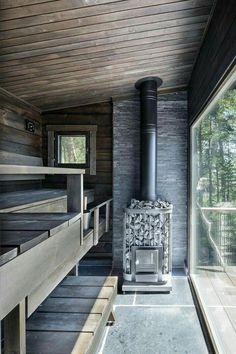 Iso ikkuna saunasta Finnish sauna design at the Summer House on the Baltic Sea Island Sauna House, Sauna Room, Sauna Steam Room, Scandinavian Saunas, Scandinavian Cabin, Prefab Log Cabins, Prefab Cabin Kits, Design Hotel, House Design