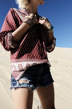 Little Boho Blog - Desert vibes  #fashion #ootd #look #blog #littlebohoblog #boho #jewelry #turquoise #outfit #summer #shorts #denim #blouse #ethnic