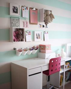 Using IKEA kitchen storage and desk to create a perfect desk se pics.club/girl-room-decor/kids-desk-goals-using-ikea-kitchen-storage-and-desk-to-create-a-perfect-desk-se Bedroom Green, Dream Bedroom, Bedroom Wall, Dream Rooms, Bedroom Furniture, Furniture Ideas, Mint Green Bedrooms, Master Bedroom, Girls Bedroom Purple