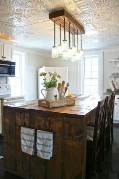 20 Photos of Absolutely Beautiful Tin Ceilings Interiordesignshome.com White tin ceiling