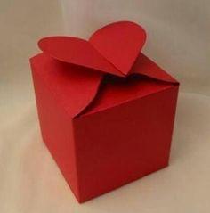 ajándékdoboz készítés