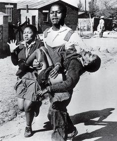A foto que colocou o mundo contra os horrores do Apartheid