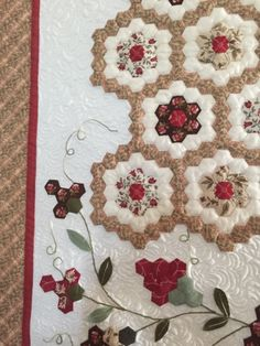 "Grandmother's Flower Garden by Jaynette Huff April 2013 I began making my flower garden using 1/2 "" paper hexagons. The original patter..."