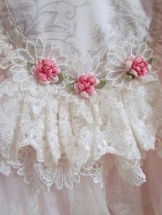Angela's lace used on her Moses basket...  so precious!
