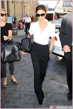 victoria beckham takes cruz on high end shopping trip