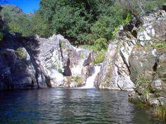 LAGOA DAS CANEJAS - Uma das melhores lagoas para saltos para a água. Uma pequena amostra das dezenas de lagoas situadas em Rios e ribeiros afluentes do Rio Lima, que nascem na serra da Peneda - Soajo As principais lagoas situam-se no Rio Adrão.