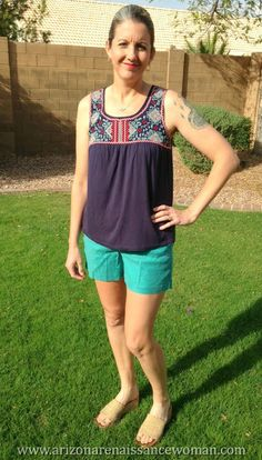 http://www.arizonarenaissancewoman.com/2016/03/stitch-fix-19-review-march-2016.html Level 99 Cindie Linen Short and Skies are Blue Bradie Embroidery Front Knit Top - Stitch Fix Review - March 2016