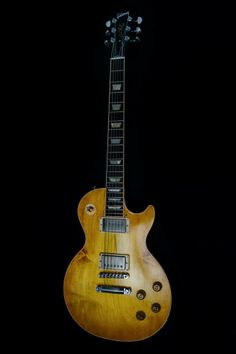 2011 Gibson Les Paul Traditional Faded.   lessonator.com