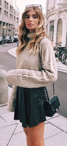 best valentines day outfit idea : sweater bag skirt