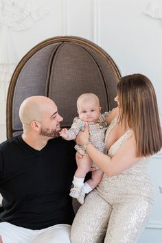 Greco Photo Company is a Toronto based wedding and lifestyle photography company that specializes in capturing life's important moments. Mint Rooms, Cherish Life, Award Winning Photography, Toronto Photographers, Children And Family, Christmas Photos, Maternity Photography, Lifestyle Photography, Family Photographer