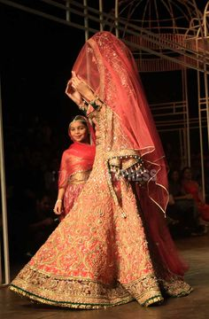 Tarun Tahiliani Bridal Fashion Week 2013 -  Bridal lehenga