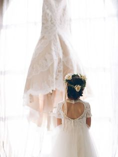 Must-Have Wedding Photos You Don't Want To Miss - The Dress Shot