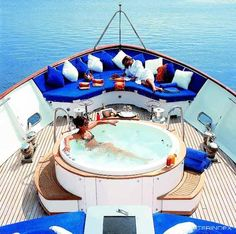 Hot tub on the yacht...not too bad!