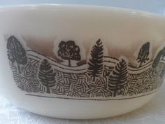 Vintage Pyrex England rustic Casserole by KittenzCollecatables