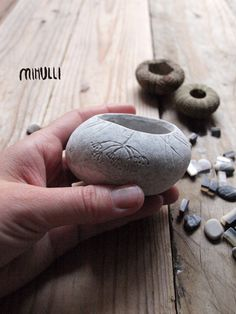 handmade jewelry ring bowl hand engraved sea marble by Mihulli