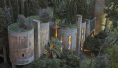 スペインの建築家、廃墟のセメント工場をデザイン性あふれる家にリノベ   ROOMIE(ルーミー)