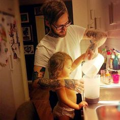 Perfect site. Tatted dad and his baby.