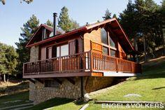 Casa a pie de Pista Llarga en la estación de esquí de La Molina, Alp, Cerdanya !  VENDIDA