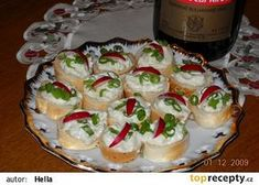 Pomazánka z Nivy Czech Recipes, Ethnic Recipes, Party Snacks, Ham, Sushi, Brunch, Food And Drink, Appetizers, Salsa