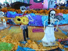 Día de Muertos Nuevo post en el blog www.consaborapuchero.blogspot.com #México #díademuertos #catrinas #Coyoacán #tradiciones #cultura #consaborapuchero