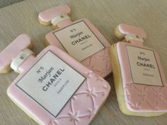 Hey, I found this really awesome Etsy listing at https://www.etsy.com/listing/188021351/chanel-inspired-perfume-bottle-cookies