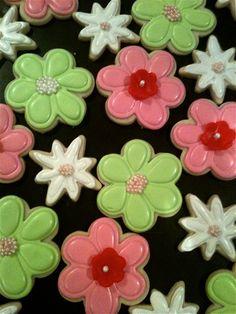 spring flower decorated sugar cookies