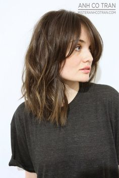 Lovely Hairstyles with Long Bangs - Langhaarfrisuren Long Bob Hairstyles, Hairstyles With Bangs, Long Bob Haircut With Bangs, Bob Haircuts, Side Fringe Hairstyles, Neck Length Hairstyles, Cropped Hairstyles, Medium Haircuts, Girl Haircuts