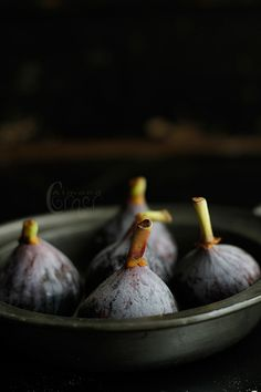 Great picture of my fave #fruit: #figs