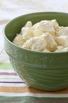 Kartoffelsalat mit Mayonnaise   Potato Salad with Mayonnaise Sauce #kartoffelsalat #mayonnaise #mayo #salat #kartoffeln #potatosalad #potato #salad #sauce #dressing #cream #creme #german #deutsch #BBQ #Grill #Grillen #Beilagen #Sommer #Summer #Side #Sidedish #Sides #dasKochrezept