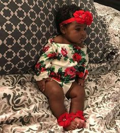 Cute baby girl in her amazing fashionable outfit Cute Black Babies, Beautiful Black Babies, Brown Babies, Cute Baby Girl, Beautiful Children, Cute Babies, Baby Kids, Black Baby Girls, Baby Outfits