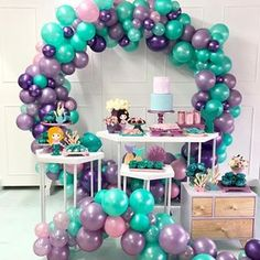 Happy birthaday to all the one who born on this great day # birthday celebrators Ballon Decorations, Birthday Party Decorations, Party Themes, Birthday Parties, Cadeau Baby Shower, Idee Baby Shower, Baby Shower Balloons, Birthday Balloons, Back To School