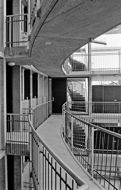 Herzog & de Meuron . Apartment and Office Building Schwitter . Basel (15)