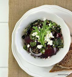 Rote Bete Salat mit Ziegenkäse & Rucola_flowers on my plate