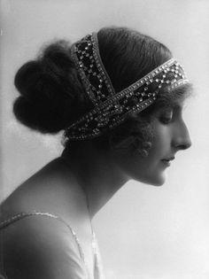 Мода 100 лет назад: причёски и головные уборы первой половины 1910-х годов.