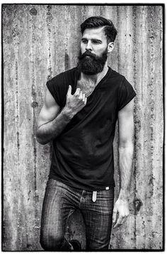 Patrik Jonasson.  Rolled tee + jeans.