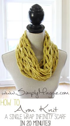 How to Arm Knit a Single Wrap Infinity Scarf in 20 Minutes | simplymaggie.com