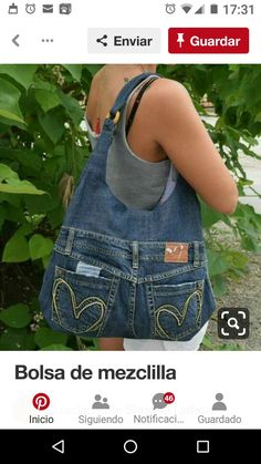 Small Sewing Projects Sewing Projects For Beginners Altering Jeans Blue Jean Purses Denim Purse Denim Crafts Denim Ideas Bolsas Jeans Schneider Cut adding design to pockets - Salvabrani Want to try and make this bag - Salvabrani Denim Tote Bags, Denim Purse, Denim Skirt, Diy Jeans, Jean Diy, Denim Bag Patterns, Blue Jean Purses, Denim Ideas, Denim Crafts