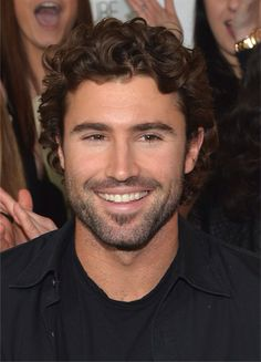 Brody Jenner Doesn't Wanna Know Stepsister Kim's Baby's Name Haircuts For Curly Hair, Curly Hair Cuts, Curly Hair Styles, Boy Haircuts, Mtv The Hills, Afro, Brody Jenner, Jenner Hair, Mature Men
