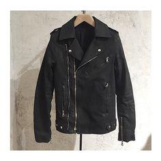 """@balmainparis denim biker jacket. Shop at www.lindelepalais.com #lindelepalais #balmain #men #balmainparis"" Photo taken by @lindelepalais on Instagram, pinned via the InstaPin iOS App! http://www.instapinapp.com (05/02/2015)"
