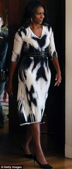 First Lady of Style! Michelle Obama steps out in chic monochrome as it's announced she will host the White House's first ever fashion workshop next month | Daily Mail Online