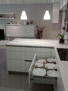 SANTOS kitchen | Drawers by P&D http://www.projectesidecoracio.com/