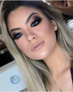 10 Dramatic Wedding Makeup Ideas for Daring Brides Glam Makeup Look, Sexy Makeup, Pretty Makeup, Beauty Makeup, Makeup Looks, Hair Makeup, Awesome Makeup, Makeup Guide, Eye Makeup Tips