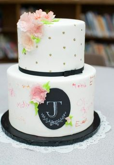 Sara Elizabeth - Custom Cakes & Sweets