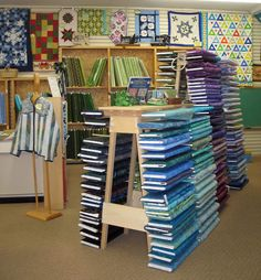 Patchwork Plus, Shenandoah Valley's largest Quilt Shop and Online Store Classes, Workshops, Events and Sewing Machines Handi Quilter, Quilt Shops, Plus Quilt, Fabric Display, Quilting Classes, Little Stitch, Shop Displays, Janome, Cotton Quilts