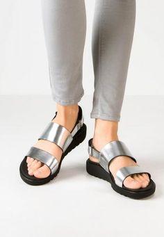 Ecco #freja sandali con plateau silver Argento  ad Euro 55.25 in #Ecco #Donna saldi scarpe sandali
